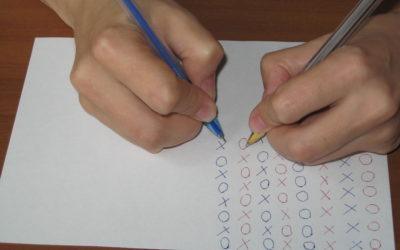 Развитие внимания. Синхронное письмо двумя руками одновременно.Упражнение для тренировки внимания.
